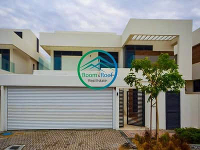 5 Bedroom Villa for Rent in Yas Island, Abu Dhabi - Single Row Prime Villa facing Park in Yas Island!