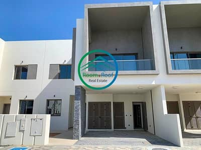 3 Bedroom Townhouse for Rent in Yas Island, Abu Dhabi - Prime Residence! Single Row TH! Available Soon