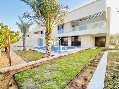 فیلا 5 غرف نوم للبيع في جزيرة السعديات، أبوظبي - Corner 5 BR VIlla Type 6 with Extended Plot and Pool