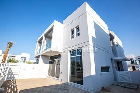 3 Bedroom Townhouse for Sale in Mudon, Dubai - 3 Bed Semi-detached Brand New on the Park