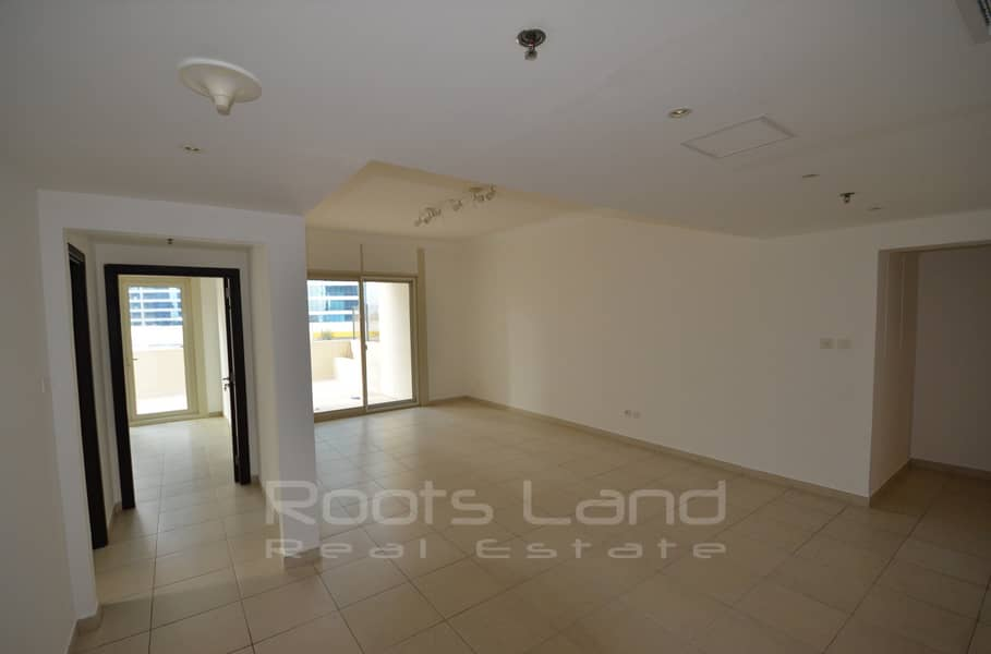 2 Stunning 2 BR Apartment With Huge Terrace