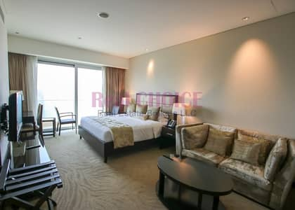 Hotel Apartment for Rent in Dubai Marina, Dubai - 5*Star Serviced Full Marina view|Available now