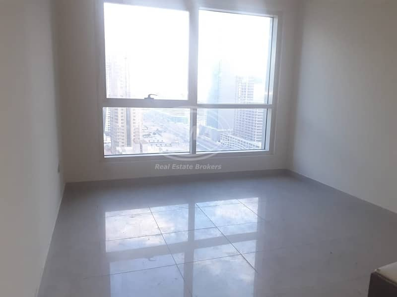 Hot Deal | 1 Bedroom in Lake Point Full Lake View