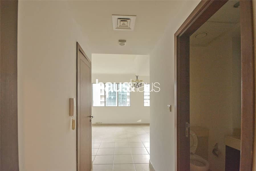 2 Unfurnished | 1 Bed | Boulevard Views