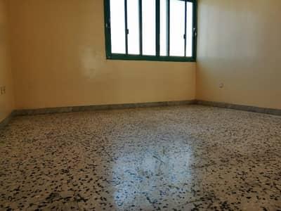 شقة 2 غرفة نوم للايجار في شارع إلكترا، أبوظبي - شقة في شارع إلكترا 2 غرف 50000 درهم - 4504564