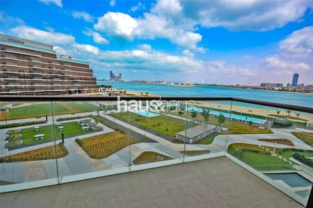 شقة 2 غرفة نوم للايجار في نخلة جميرا، دبي - Stunning Palm Sea View  |  Brand New  |  Beach