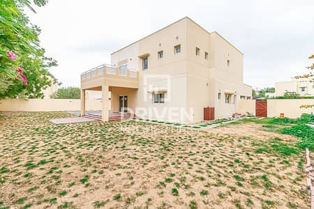 4 Bedroom Villa for Rent in The Meadows, Dubai - Type 2 Spacious and Affordable-price Unit