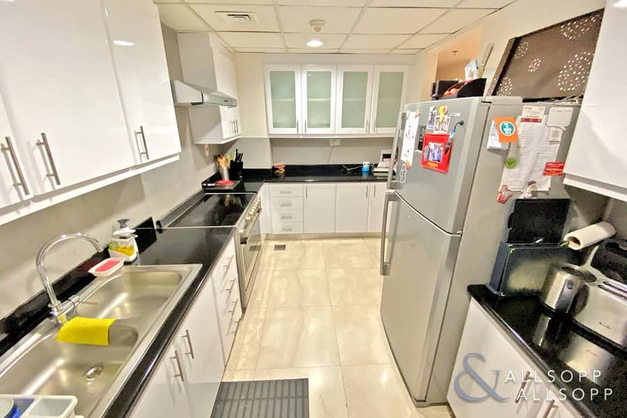 Shams 1   Large Upgraded 3 Bedroom   Vacant