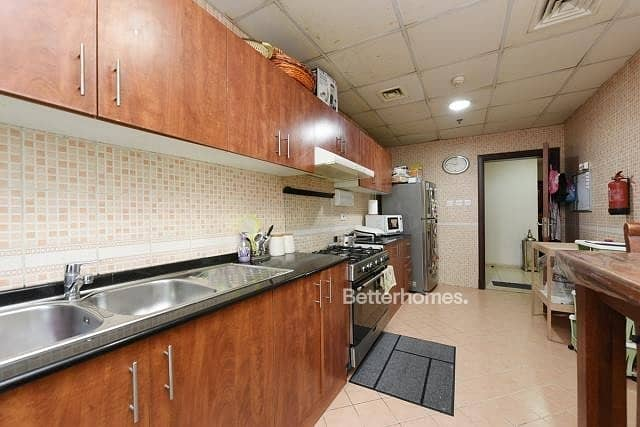 2 Low Floor   12 Cheques   Closed Kitchen   OP3
