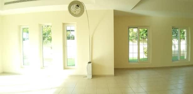 فیلا 5 غرف نوم للايجار في المرابع العربية، دبي - فیلا في تيرا نوفا المرابع العربية 5 غرف 200000 درهم - 4504998
