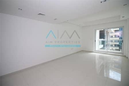 شقة 1 غرفة نوم للبيع في واحة دبي للسيليكون، دبي - SPACIOUS 1BHK+POOL+GYM+PARKING FAMILY BUILDING