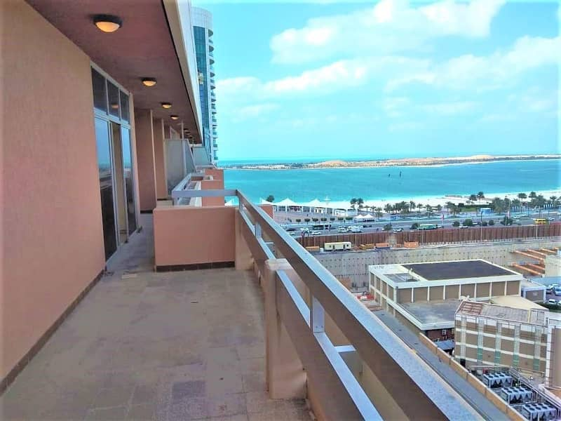 Fantastic Penthouse in Khalidiyah 3BR with Huge Balconies