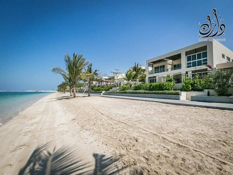 Luxury Beach-Front Villa| 10  years Post Handover PP | 10  years  Service fees