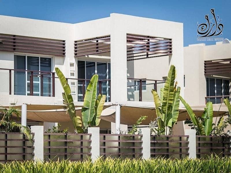 17 Luxury Beach-Front Villa| 10  years Post Handover PP | 10  years  Service fees