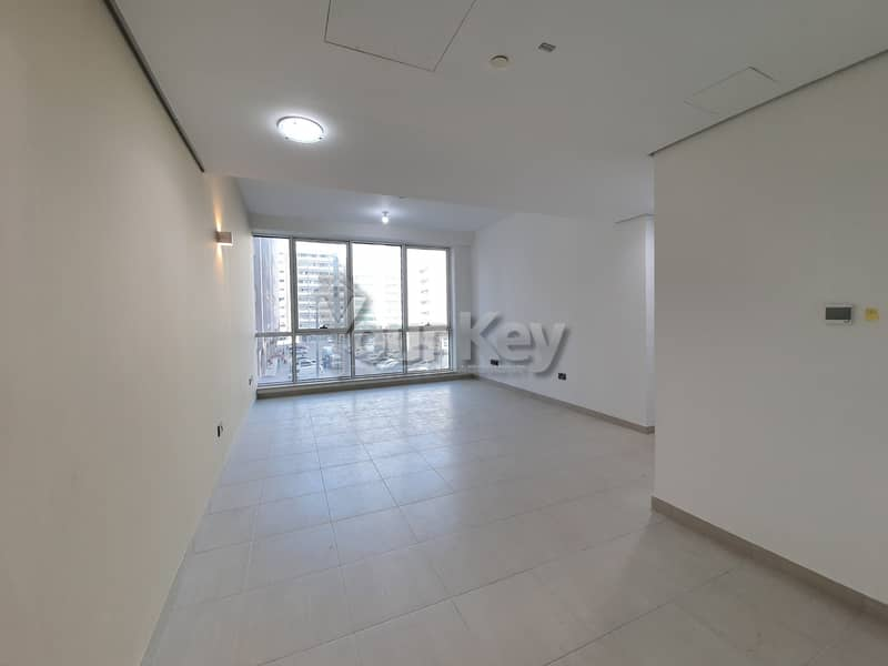 Great Deal!!! Good Looking 1BR with Parking
