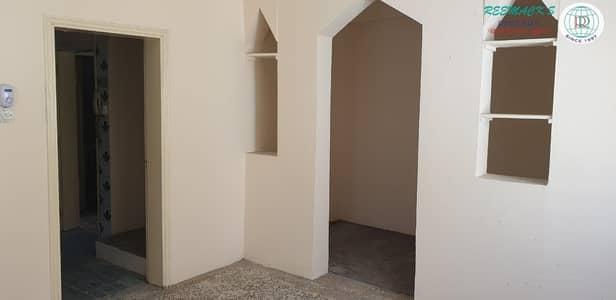 4 Bedroom Villa for Rent in Al Hazannah, Sharjah - 4 B/R DOUBLE STORY VILLA IN HAZANA AREA