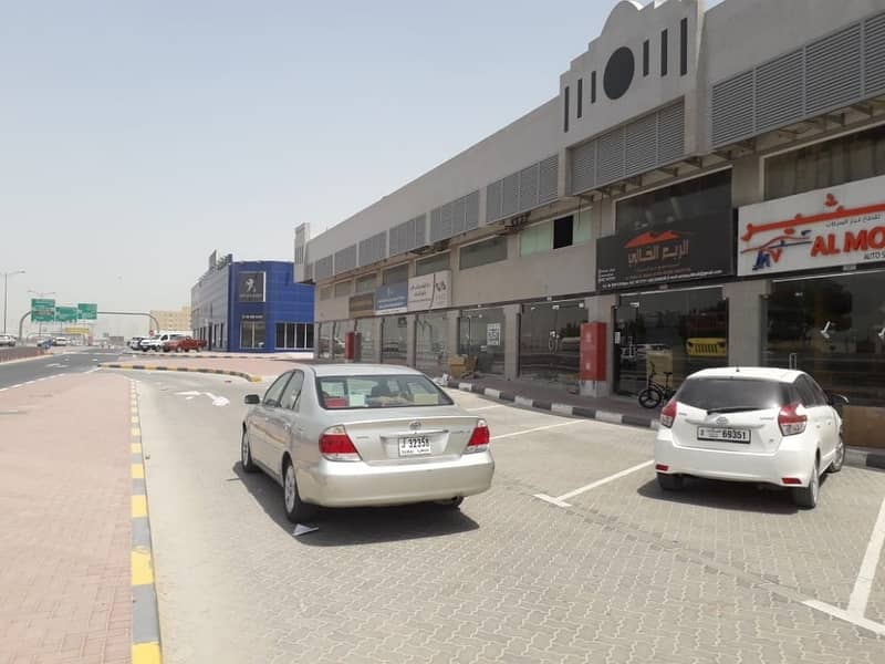 SHOP AVAILABLE IN INDUSTRIAL AREA PRIME LOCATION