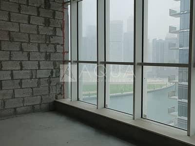 مکتب  للبيع في الخليج التجاري، دبي - Shell and Core | Mid Floor | Washroom and Pantry