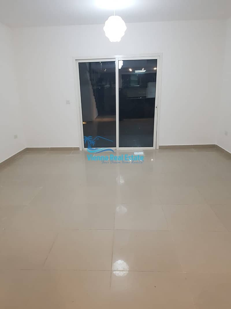 SALE Villa With Extended Garden AED 1.2m