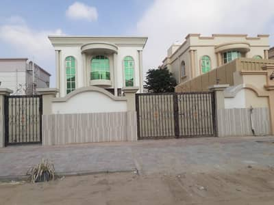 5 Bedroom Villa for Sale in Al Rawda, Ajman - This is not every day Villa  at an attractive price for the serious buyer