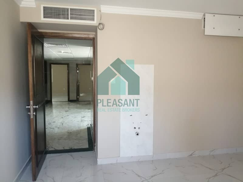 14 Commercial villa with 10 Rooms fitted and suitable for Clinic