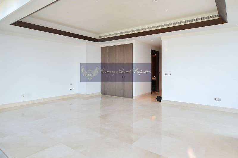 2 Live Luxury   Only One Full Floor Penthouse for Rent Save