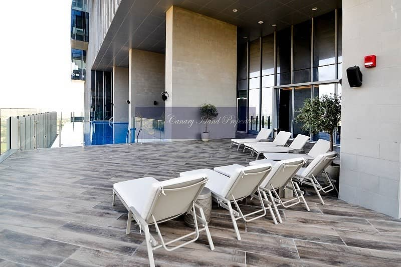 16 Live Luxury   Only One Full Floor Penthouse for Rent Save
