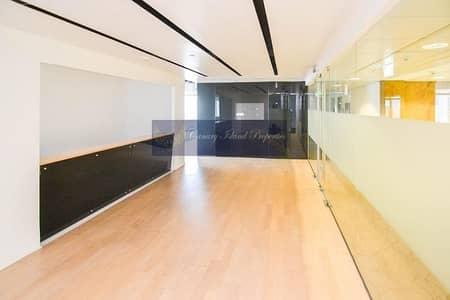مکتب  للايجار في أبراج بحيرات الجميرا، دبي - Half Floor   Fully Fitted Office Space For Rent In Silver Tower   JLT