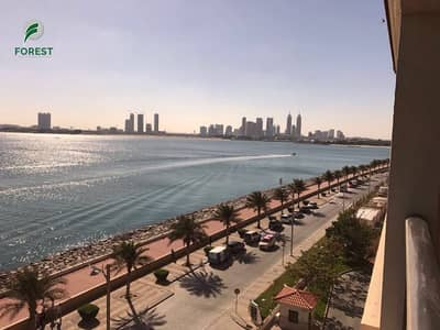 1 Bedroom Flat for Sale in Palm Jumeirah, Dubai - Full Sea View 5 Star Living High Floor Cheapest Unit