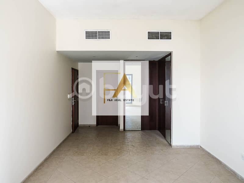 18 3 BHK with  & Without Sea View  with all Facilities