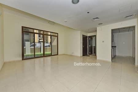 تاون هاوس 4 غرف نوم للبيع في قرية جميرا الدائرية، دبي - Lovely Four Bedroom Townhouse For Sale !