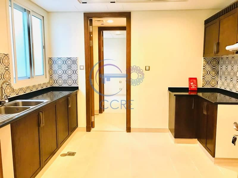 2 Large | 3 BR + Maid | Burj or Wasl View