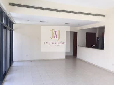 2 Bedroom Apartment for Rent in The Greens, Dubai - Light and Spacious/Well Maintained/Private Garden