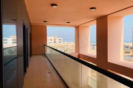 Spacious 3BH Duplex| Maids Room|Parking