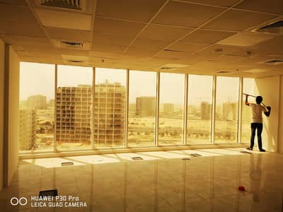 Office for Rent in Dubai Silicon Oasis, Dubai - Fitted office with Toilet & Pantry 602sqft for 38K only