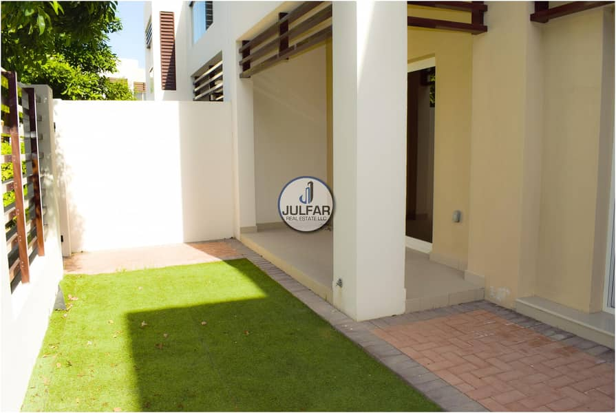 2 2 Bedroom with Maid Room - For Rent In Flamingo-II