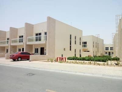 فیلا 3 غرف نوم للايجار في المدينة العالمية، دبي - فیلا في قرية ورسان المدينة العالمية 3 غرف 80000 درهم - 4488713