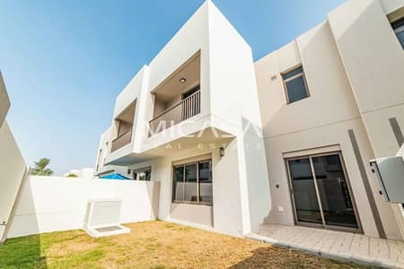 3 Bedroom Townhouse for Rent in Town Square, Dubai - Close to pool & gym||Spacious & Elegant||Bright.