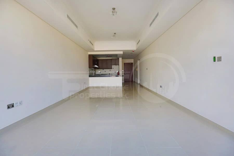 2 Buy Now! Huge Apartment with Rent Refund.