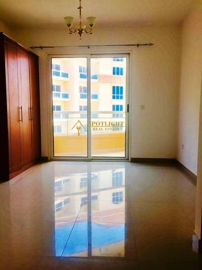 استوديو  للايجار في مدينة دبي للإنتاج، دبي - LAKE VIEW WITH BALCONY STUDIO APT only 23k