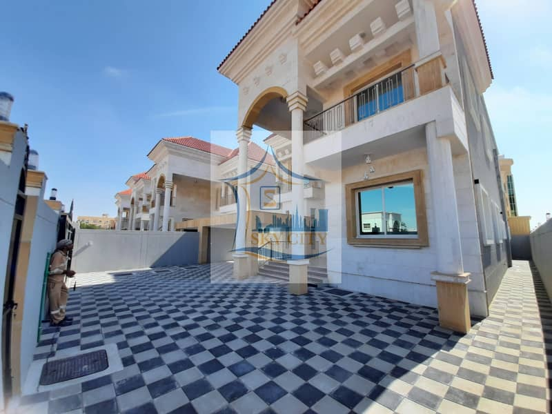 Villa facade stone personal finishing for sale at a special price