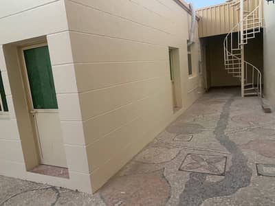 فیلا 5 غرف نوم للايجار في المزهر، دبي - فيلا للايجار فى المزهر : 5 غرف ماستر مع ملحق و مسبح