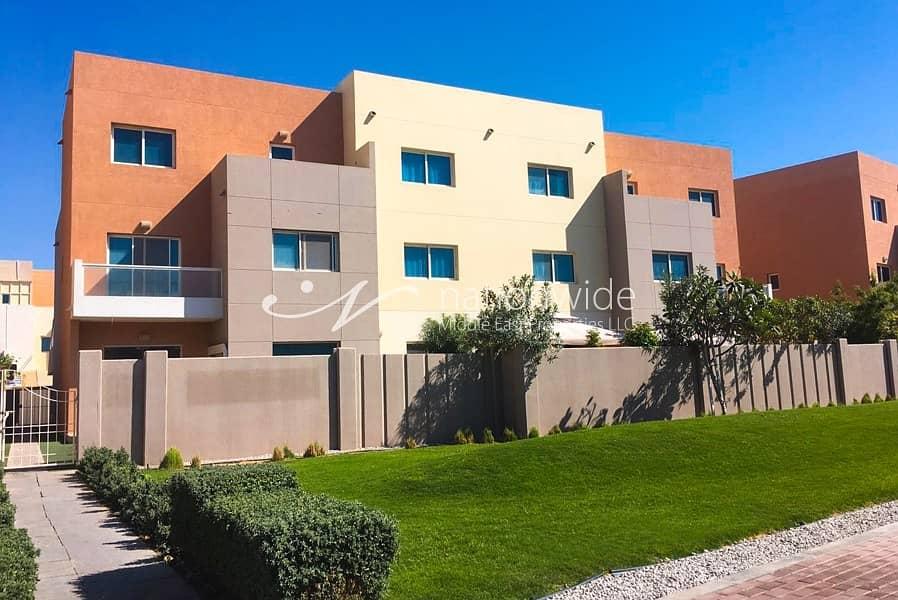 Sophisticated Single Row 3 BR Contemporary Villa In Al Reef