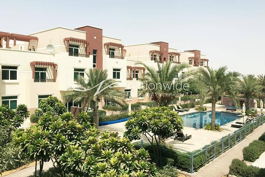 Harmonious Terraced 2 BR For Two Cheques In Al Ghadeer