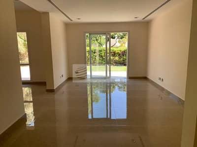 5 Bedroom Villa for Rent in The Meadows, Dubai - Lake View | Upgraded Villa | 5 BR+Maid | Brand New