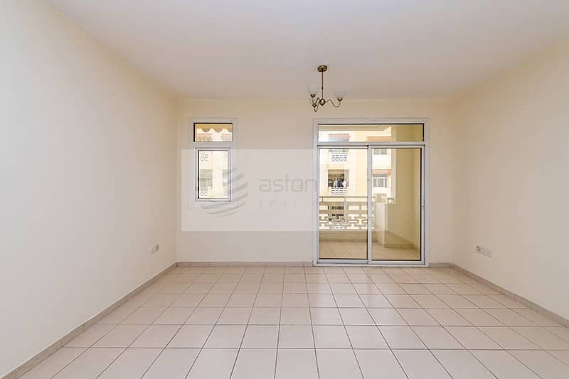 10 Exclusive | Vacant | Studio Apartment with Balcony
