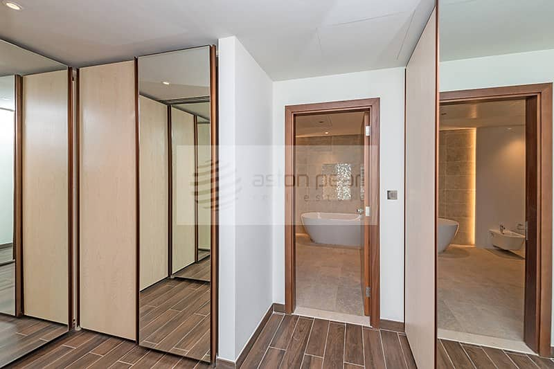 10 Ultra modern | Brand new | A must see property