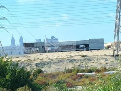 محل تجاري  للايجار في البرشاء، دبي - Shell and Core Showroom for Rent, Barsha