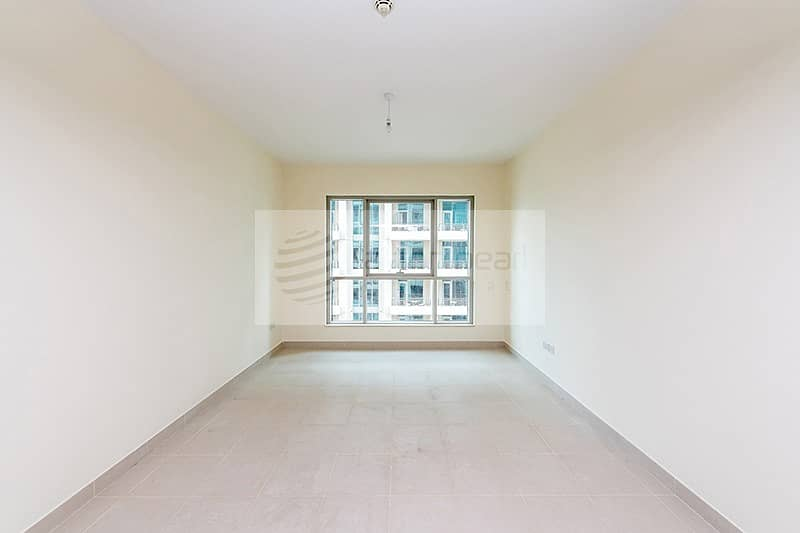 10 Chiller Free | 1BR | Vacant | Burj Khalifa View