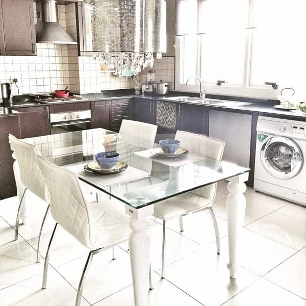 2 Spacious and Vibrant 2BR in Spring Oasis